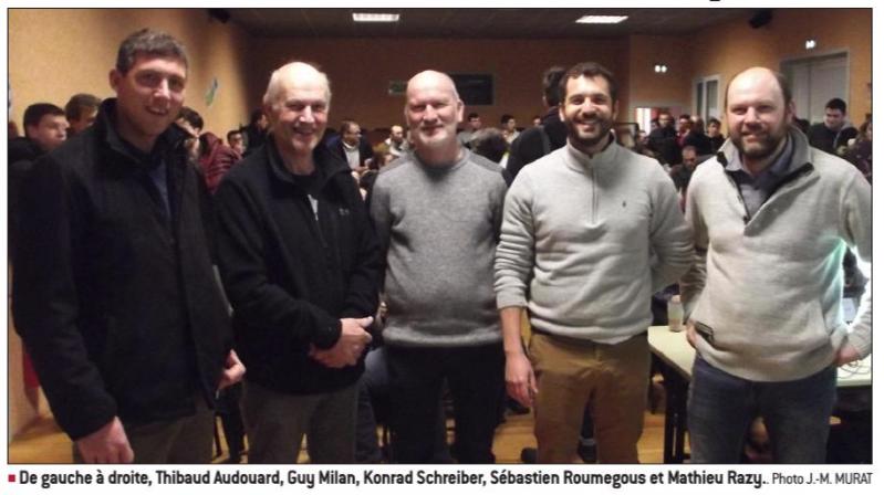 100 Agriculteurs Réunis Pour Le Climat